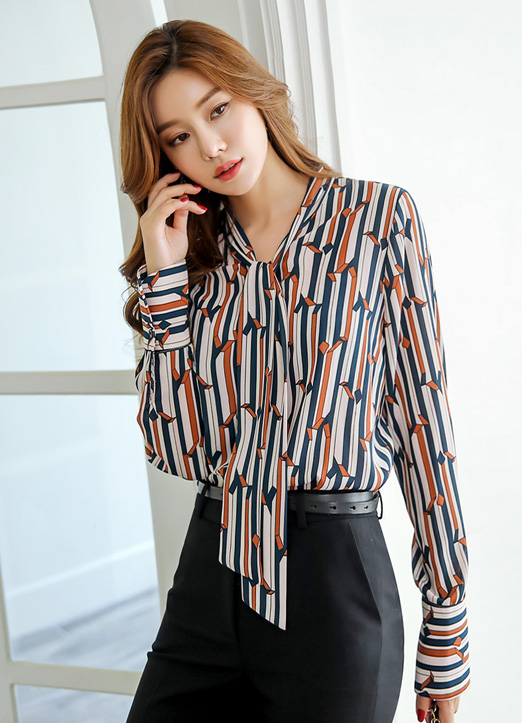 Luxury Retro Pinstripe Blouse, 스타일온미