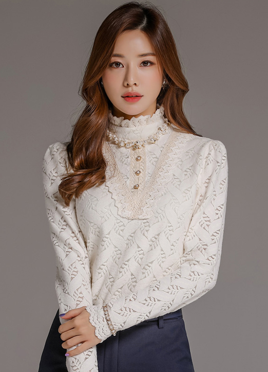 Leaf Motif Brushed Lace Blouse Tee, 스타일온미