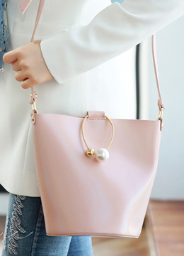 Pearl Accent Ring Decoration Crossbody Bucket Bag, Styleonme