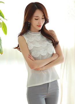 Wavy Crochet Lace Front Detail Sleeveless Top, Styleonme