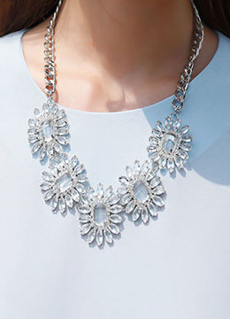 Flower Motif Cubic Statement Necklace, Styleonme