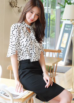 Dot Patterned Cut-Out Detail Ruffle Blouse, Styleonme