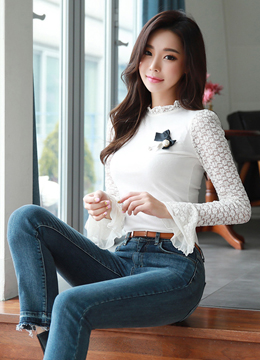 Romantic Lace Bell Sleeve T-shirt, Styleonme