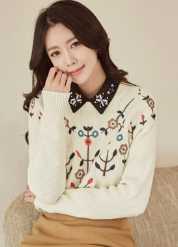 Flower Embroidered Round Neck Knit Sweater, Styleonme