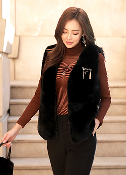 Soft Rabbit Fur V-Neck Vest, Styleonme