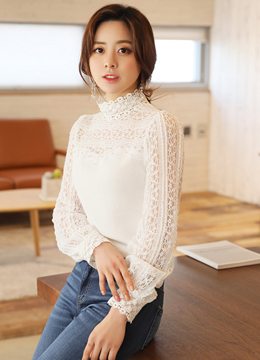 [Weekly Best]Pearl Accent Lace Sweatheart Neckline Blouse, Styleonme