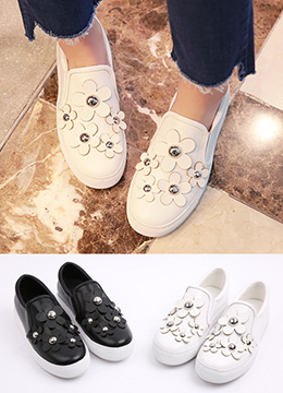 Flower Motif Slip-On Shoes, Styleonme