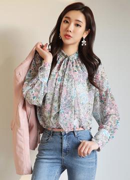 Floral Print Neck Scarf Blouse, Styleonme