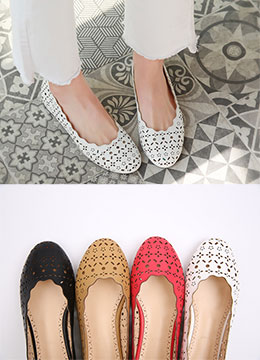 Floral Motif Flat Shoes, Styleonme
