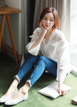 Flower Motif Punched Frill Blouse, Styleonme