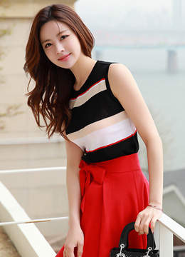 Color Stripe Sleeveless Knit Tee, Styleonme