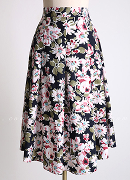 Daisy Print Long Flared Skirt, Styleonme