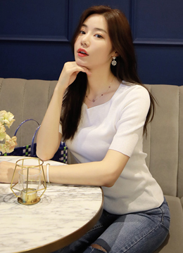 (1+1)Squared Neckline Summer Knit Tee, Styleonme