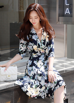 Romantic Floral Print Flared Wrap Dress, Styleonme