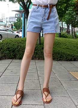 Ice Blue Wash Denim Shorts, Styleonme