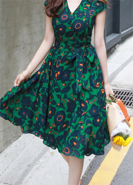 Green Floral Print Flared Dress, Styleonme