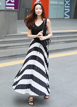 Summer Pleated Maxi Skirt, Styleonme