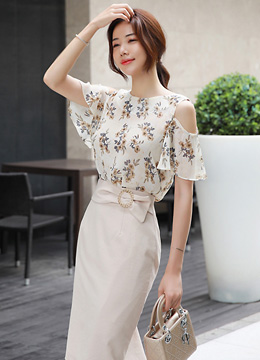 Neutral Floral Print Cold Shoulder Blouse, Styleonme