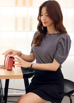 Stripe Lace Accent Puff Sleeve T-shirt, Styleonme