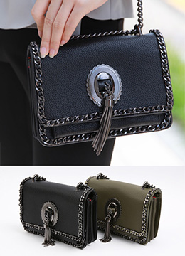 Tassel Detail Chained Bag, Styleonme