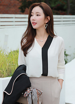 Modern Black and White V-Neck Blouse, Styleonme