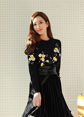 Flower Embroidered Knit Top, Styleonme