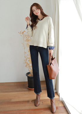 Wool-Blend V-Neck Knit Sweater, Styleonme