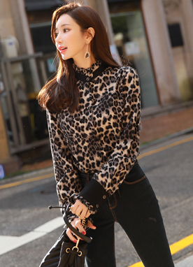 Brushed Leopard Print Button-Up Blouse, Styleonme