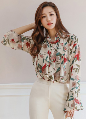 Floral Print Bell Sleeve Ruffle Blouse, Styleonme