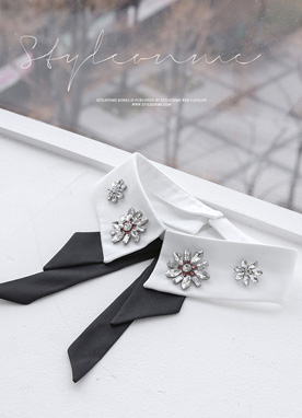 Flower Motif Cubic Ribbon Collar, Styleonme