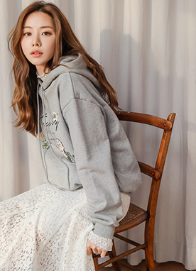 Mini Bouquet Embroidered Hoodie, Styleonme