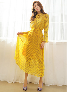 Patterned Chiffon Long Pleated Dress, Styleonme