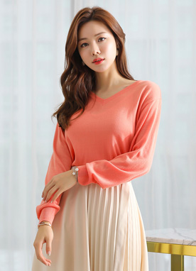 Bright Color V-Neck Knit Top, Styleonme