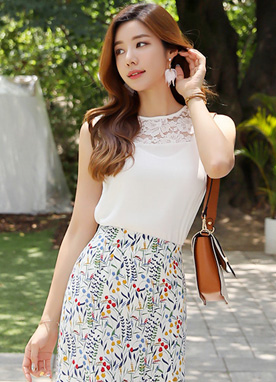 Floral Lace Detail Sleeveless Blouse, Styleonme