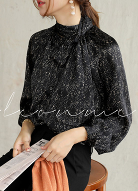 Luxury Diamond Print Tie Neck Blouse, Styleonme