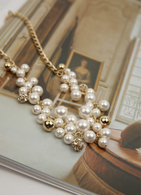 Gold Pearl Necklace, Styleonme