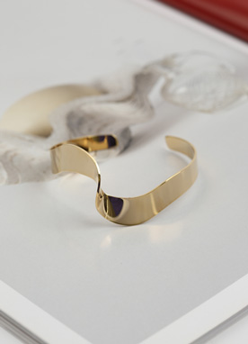 Twist Detail Gold Bangle, Styleonme