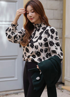 Artistic Floral Print Lace Frill Blouse, Styleonme