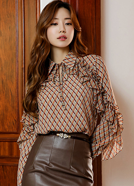 Diamond Check Print Ruffle Collared Blouse, Styleonme
