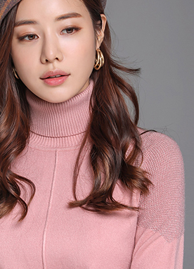Metallic Shoulder Detail Turtleneck Knit Top, Styleonme