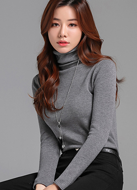 Loose Natural Fit Turtleneck Knit Top, Styleonme
