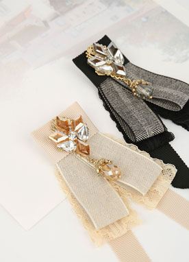 Crystal Ribbon Brooch, Styleonme