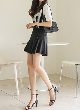 珍珠紐扣裝飾荷葉邊裙褲, Styleonme