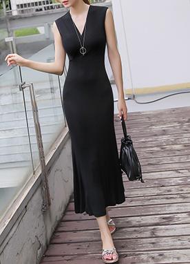 深V豎條紋長款連衣裙, Styleonme