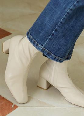 簡約線條馬丁靴, Styleonme