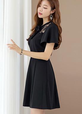 蕾絲配色系帶領連衣裙, Styleonme