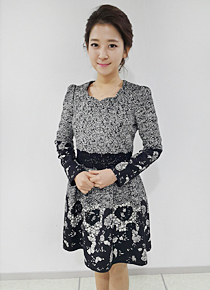 Puff-Shoulder Patterned Dress, Styleonme