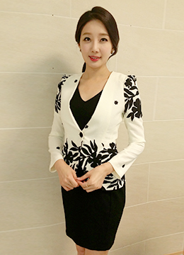 Flowery Collarless Jacket, Styleonme
