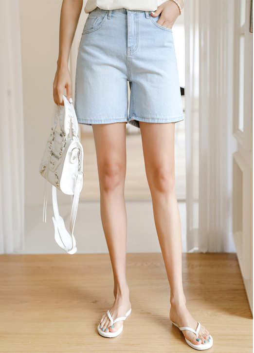 High Rise Straight fit Denim Shorts, 스타일온미