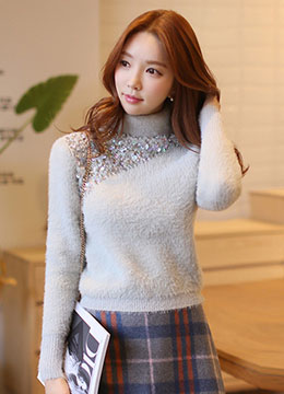 Sleeveless Mock Turtleneck Sweater